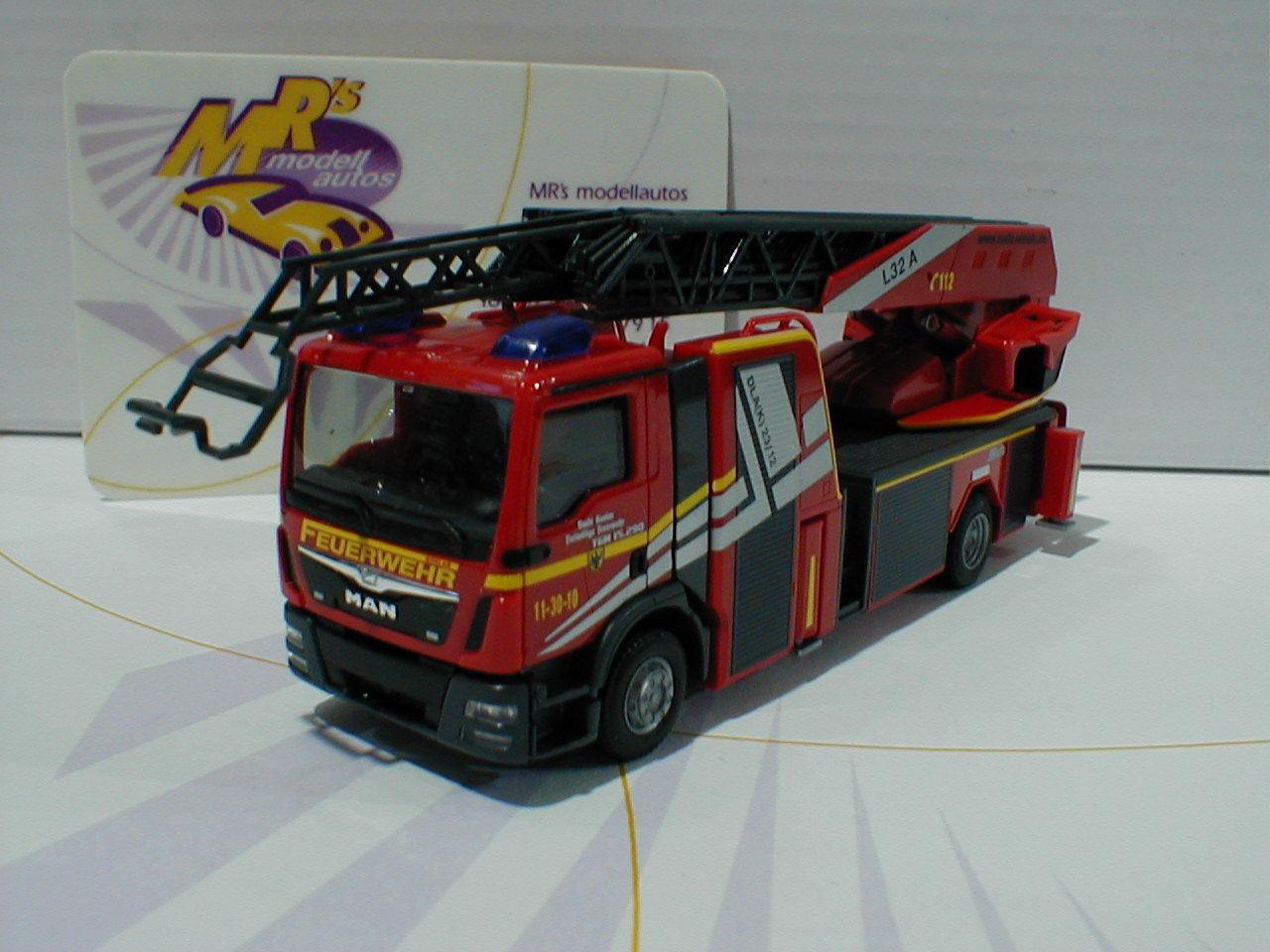 Herpa 092685   On TGM prescripteurs l32a Metz Drehleiter XS  Pompiers Goslar  1 87