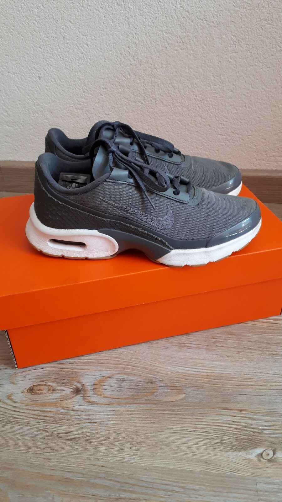 NIKE Air Max Jewell GRIGIO