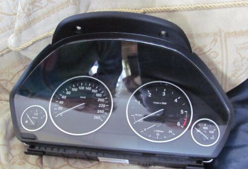 BMW F30 Diesel Speedo speedometer Instrument Cluster KMH from 2016 car 9232893