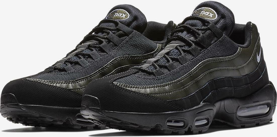 Mens Nike Air Max 95 Essental 749766-034 Black White NEW Size 11.5