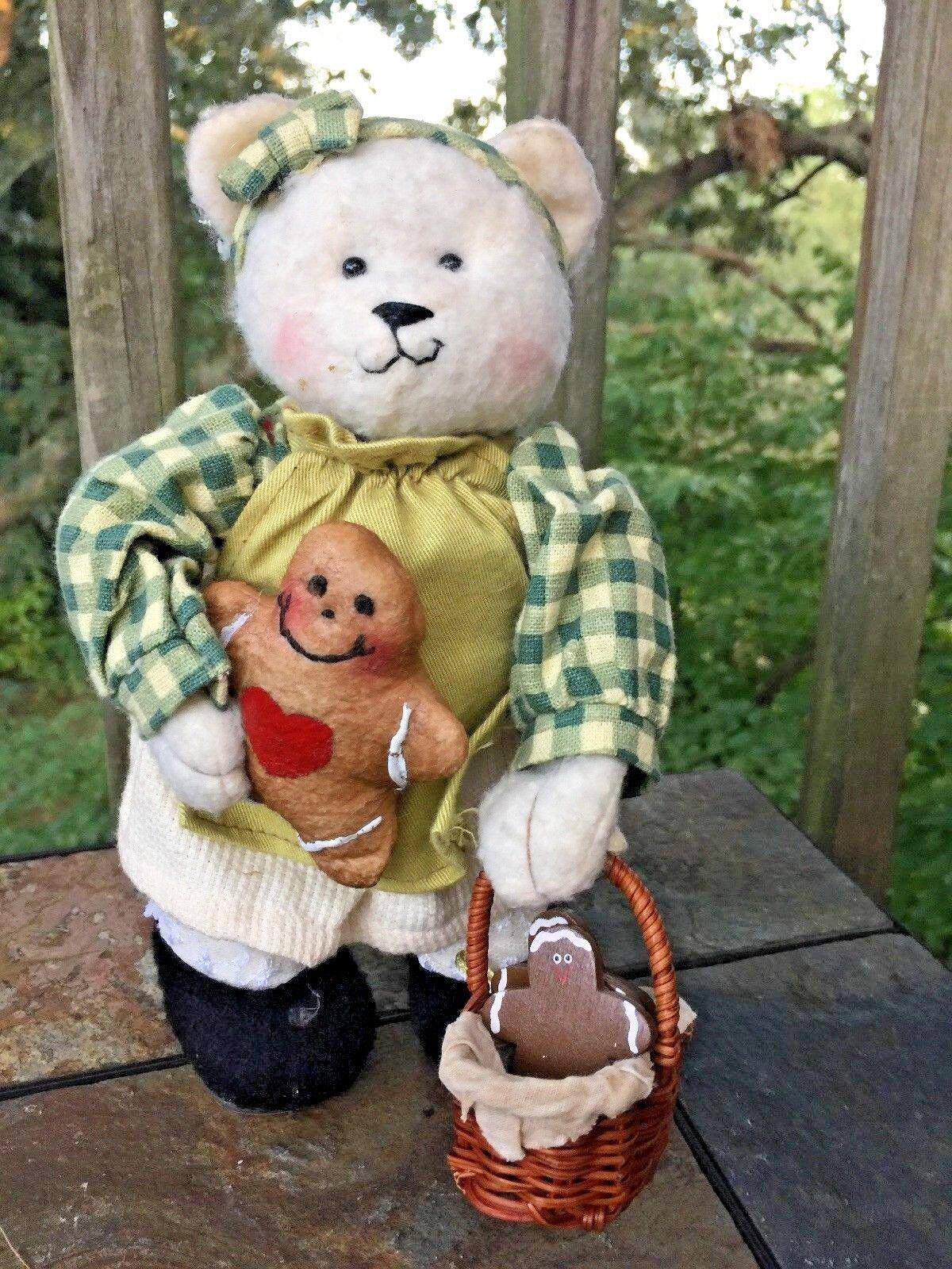 Vintage Lil Friends TEDDY BEAR Doll with GINGERBREAD MAN & BASKET rare 9/5  ️J8