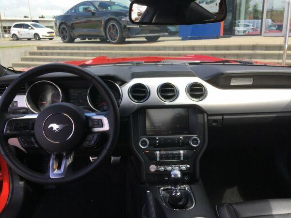 Ford Mustang 2,3 EcoBoost Fastback - billede 5