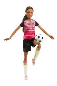Made-to-Move-Soccer-Player-Barbie-Doll-The-Ultimate-Posable-Barbie-New