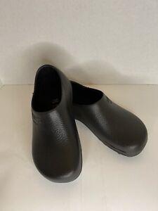 rubber birkenstocks black