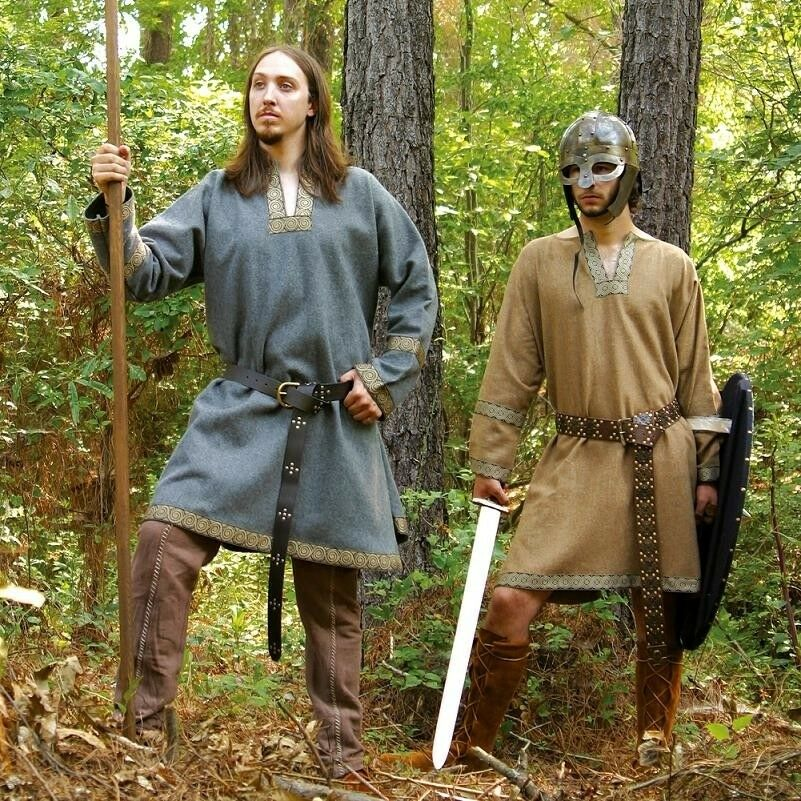Medieval   Viking Woollen Tunic, Ideal for Stage, Costume or Re-enactment