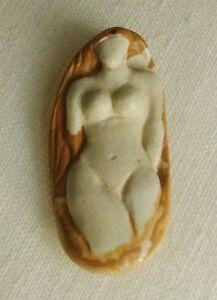 Africa-vintage-pendant-amulet-in-African-Queen-Jasper-186ct-est-begin-20th-C