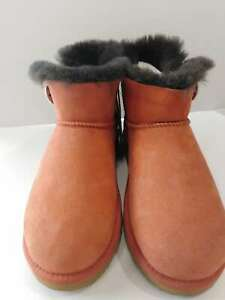 Suttons UGG Boots (Clearance) Size: 6