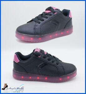 Caricamento dell immagine in corso Geox-junior-scarpe -con-luci-led-colorate-ricaricabili- 77d06a995bc
