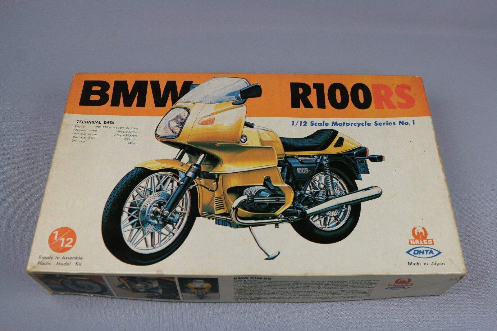 ZF1033 Hales Ohta  maquette M21-1000 BMW R100RS Motorcycle Series No. 1