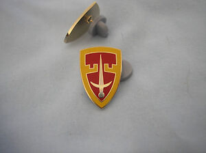 ARMY-HAT-PIN-MILITARY-ASSISTANCE-CMD-VIETNAM-MACV