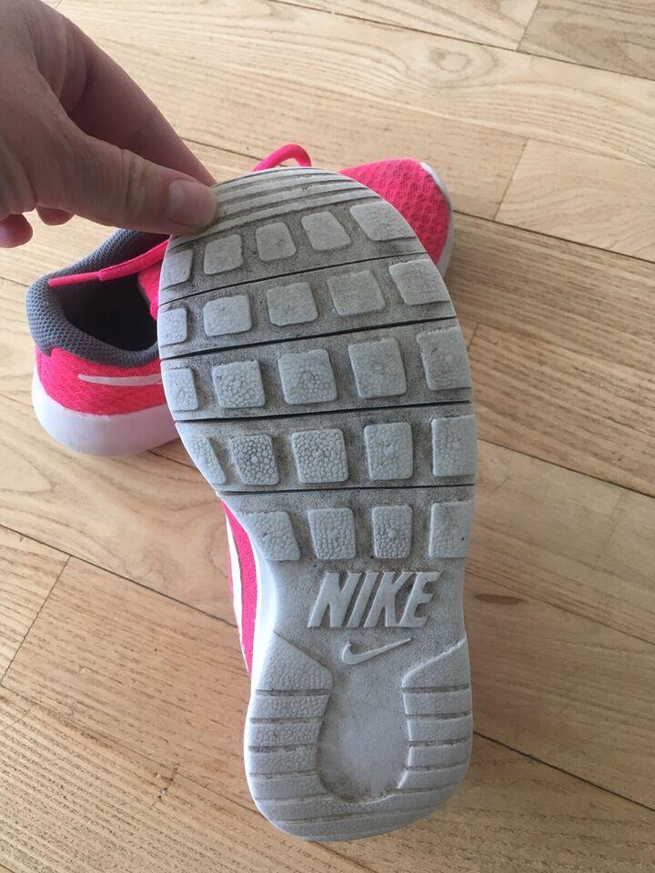 Sneakers, str. 30, Nike