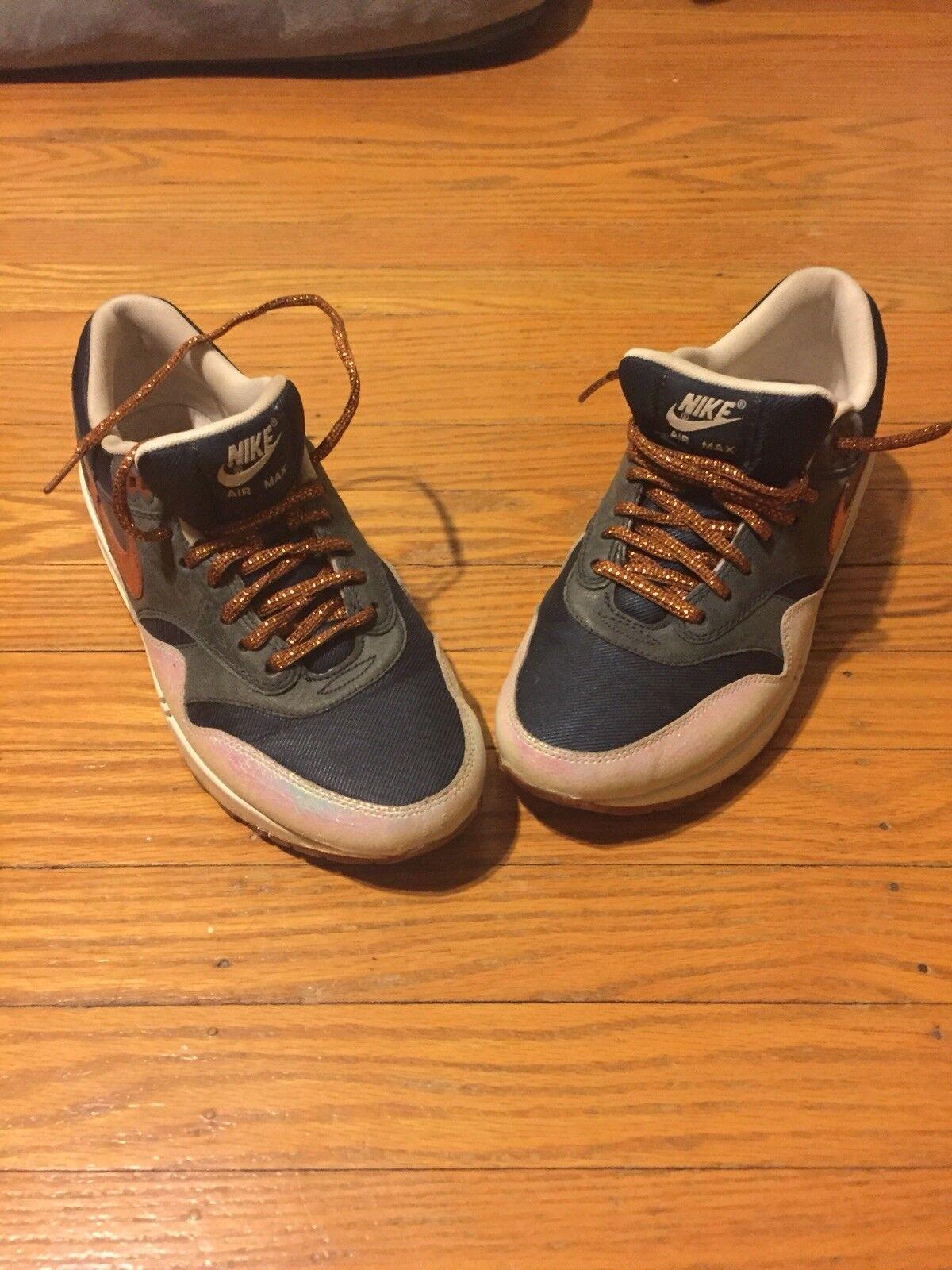 Nike Womedn's Air Max 1 Premium Sneaker