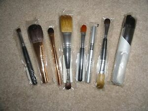BARE-ESCENTUALS-BAREMINERALS-MAKEUP-BRUSH-CHOOSE-STYLE-NEW-IN-PACKAGE