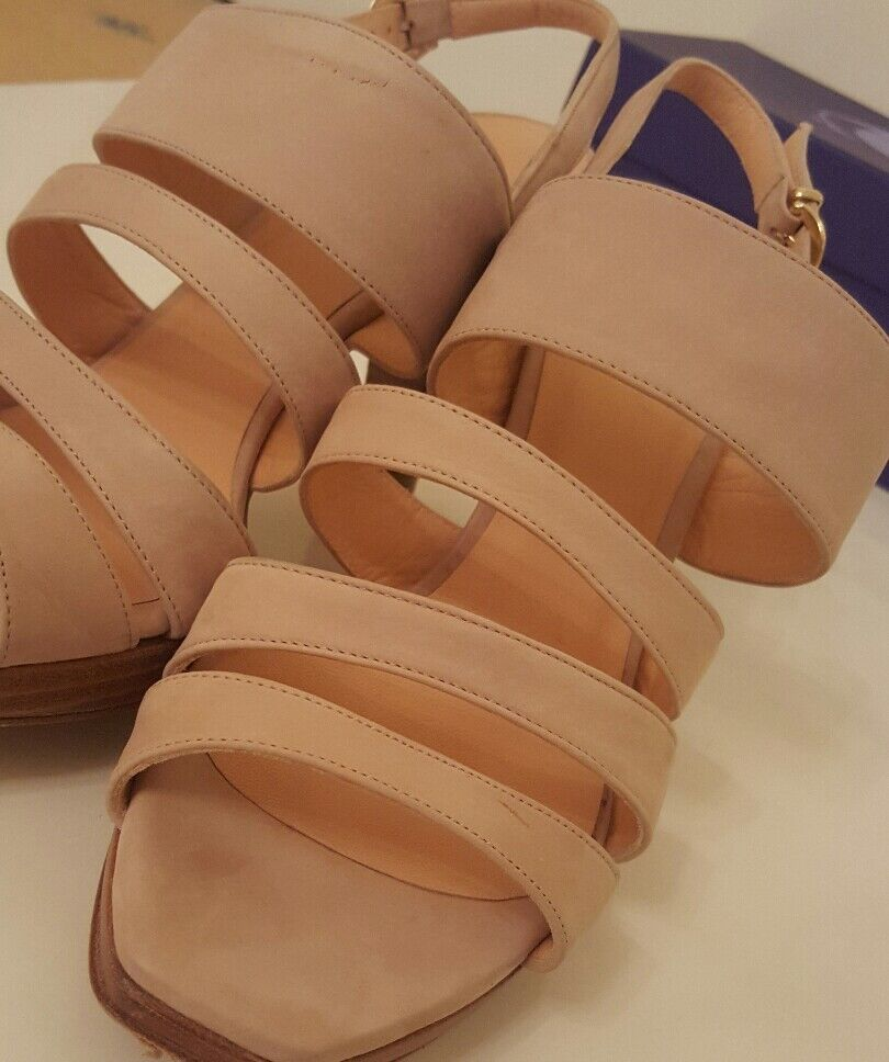 Sinela nude strap wooden block heel Sandale. hardly worn. Größe 38