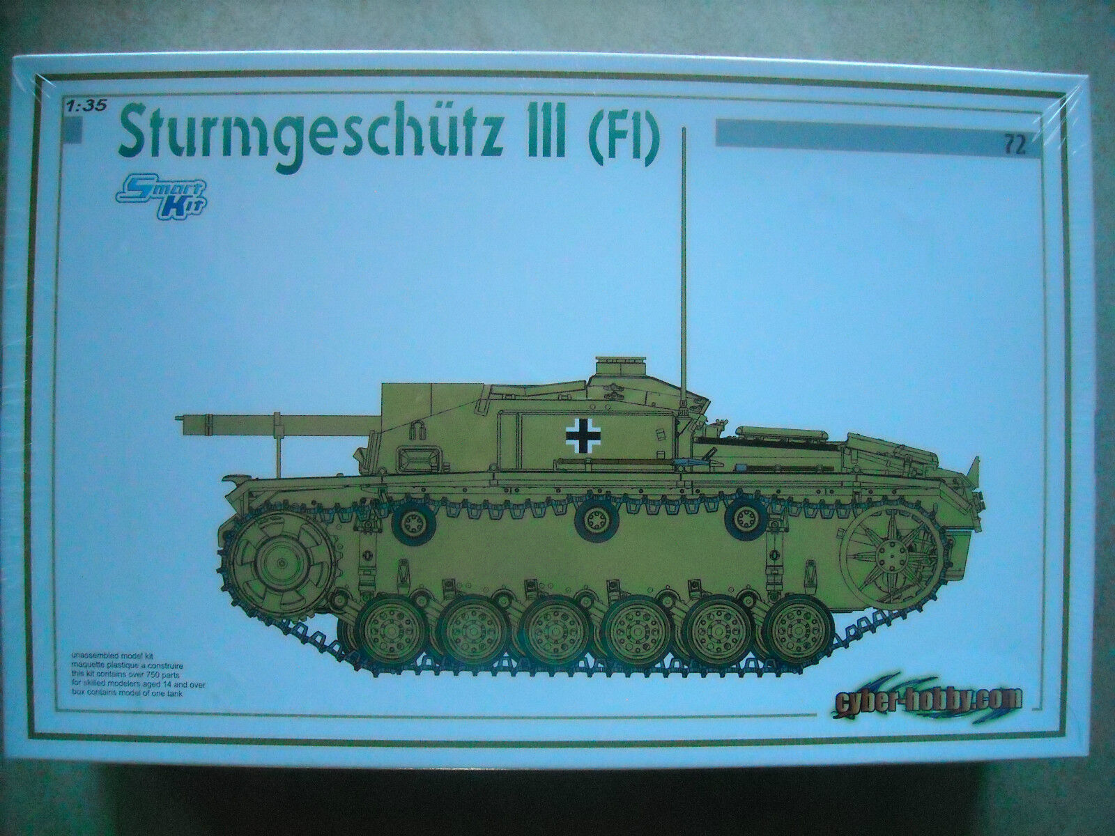 CYBER HOBBY-1 35-   72-STURMGESCHUTZ 111 (F1)