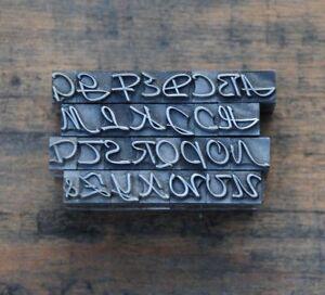 Alphabet-Bleilettern-Vintage-Stempel-Letter-Initiale-Druckbuchstabe-stempeln