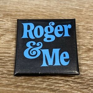 Vintage-1989-Roger-amp-Me-BUTTON-Michael-Moore-Movie-Promo-Pinback-Pin-1-5-034