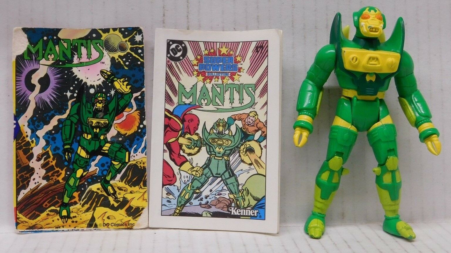 Kenner DC Super Powers MANTIS WITH COMIC & CARD - 1985 Action Figure