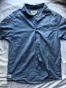 Billabong-Men-039-s-Blue-Button-Front-Short-Sleeve-Shirt-Size-Medium