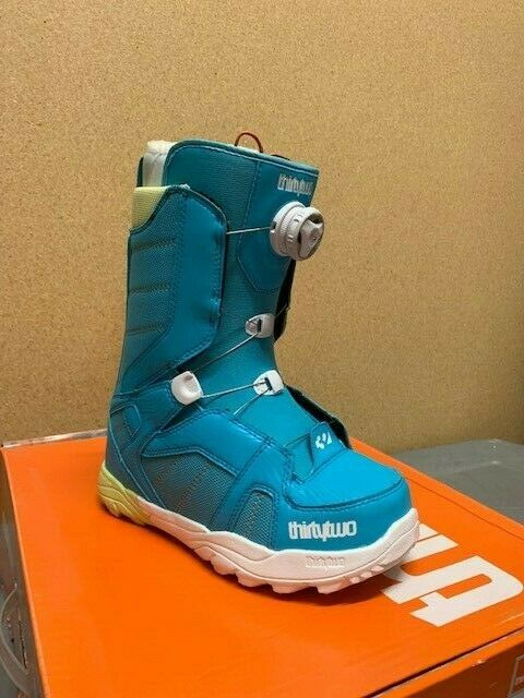 Thirty Two STW Boa Womens Snowboard Boot - Size  6.5  up to 42% off