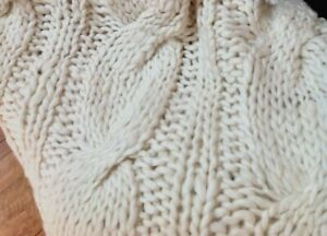 Chunky-Warm-Cream-Throw-Rug-Blanket-Pure-Wool-Hand-Knitted-Cable-SPECIAL-PRICE