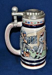 1984 CERAMARTE for AVON Handcrafted Brazil BASEBALL Lidded Beer Stein