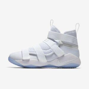 Nike Lebron Soldier XI Flyease 4E Men