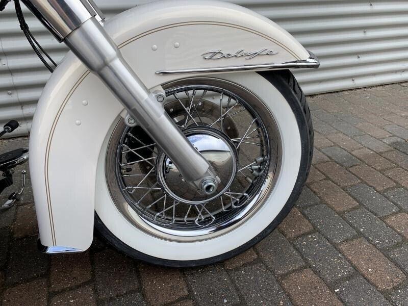 Harley-Davidson, FLSTN Softail Deluxe, ccm 1690