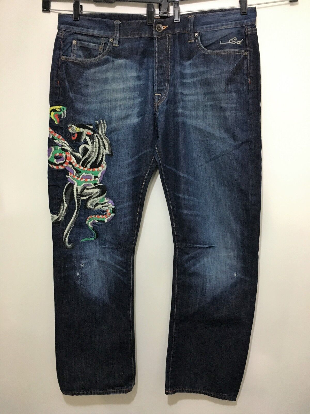 Ed Hardy bluee Jeans Men 40 x 32 Embroidered Snakes Tigers 2008 Distress 4 Button