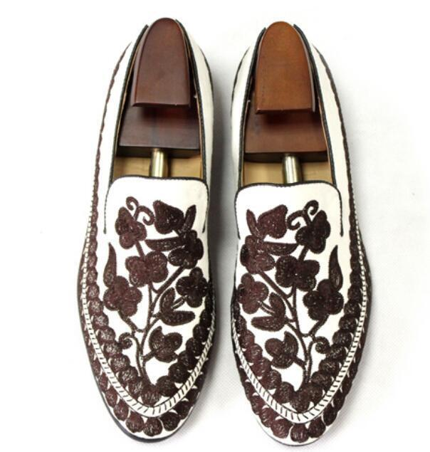 Scarpe casual da uomo  stylish uomos embroidery floral casual loafer shoes slip on driving soft shoes SY