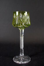 wunderschöner hochstieliger Römer - Art Deco Weinglas  - hellgrün   20cm