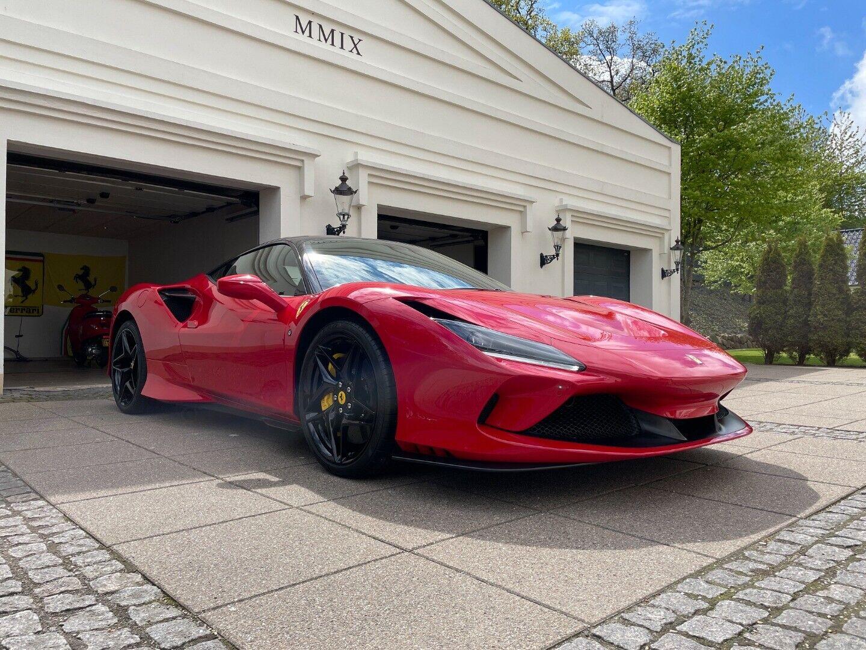 Ferrari F8 Tributo 3,9 DCT 2d - 25.250 kr.