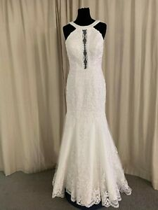 Eternity-Bridal-wedding-dress-style-AC501-size-8-fitted-in-ivory