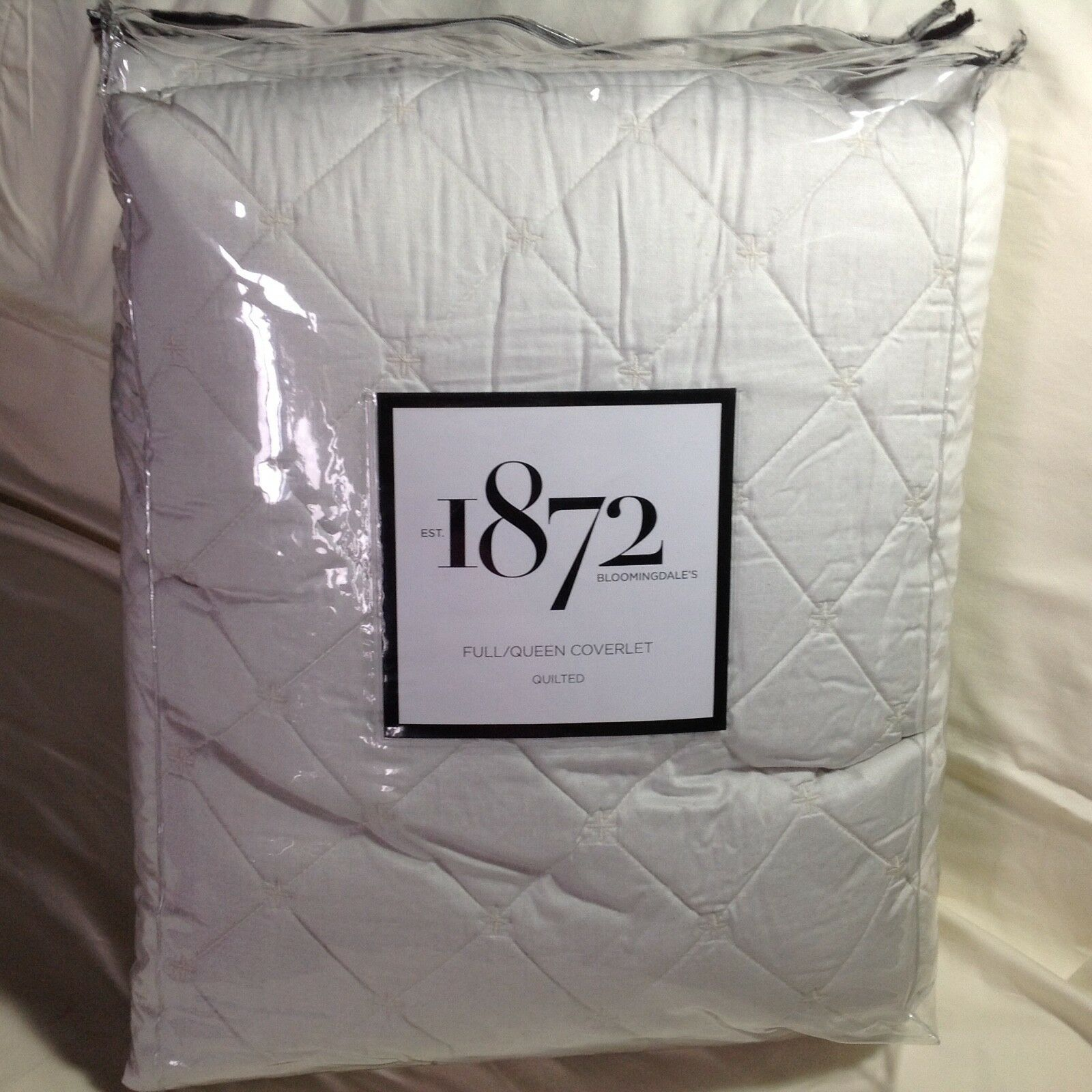 Bloomingdale's 1872 Meridian Egyptian Cotton FULL QUEEN Coverlet IVORY NEW