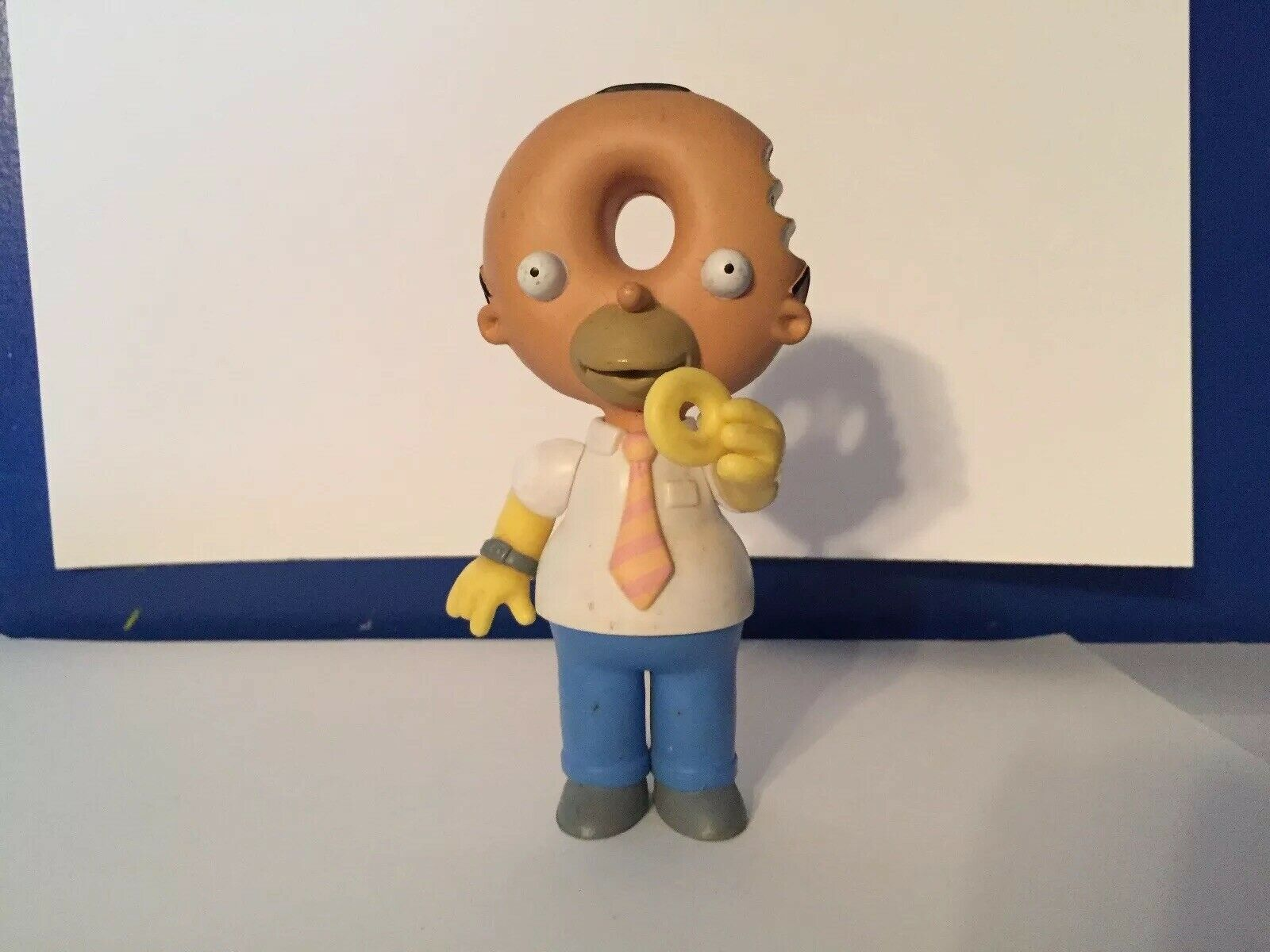 The Simpsons World of Springfield Donut Head Homer UK Exclusive Loose Figure