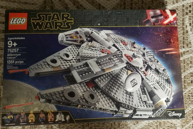 Lego Star Wars 75257 Millennium Falcon Minor Box Damage