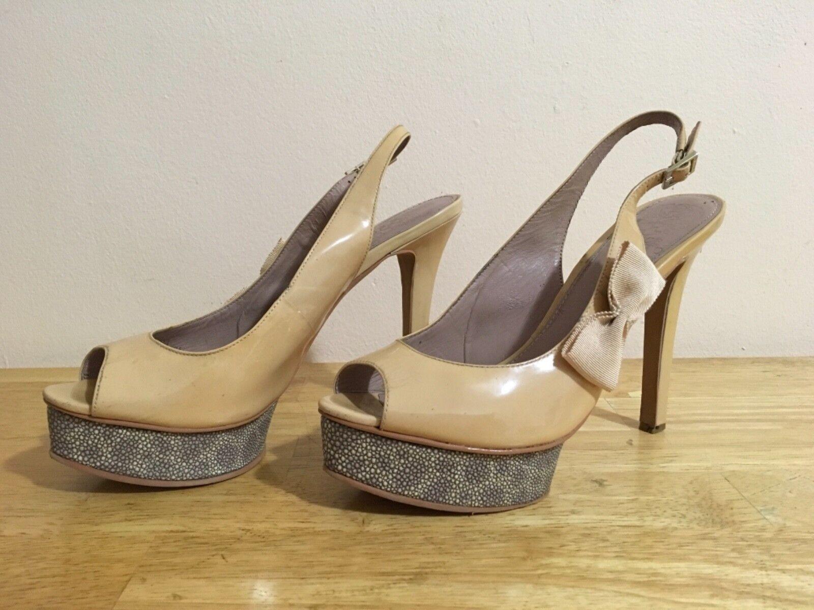 Ladies Beige Patent Leather Open Toe Platform Sandals Size 8.5