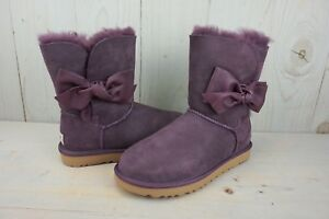 a8021942471 Details about UGG DAELYNN PORT BAILEY LEATHER BOW SUEDE SHEEPSKIN BOOTS US  6 NIB