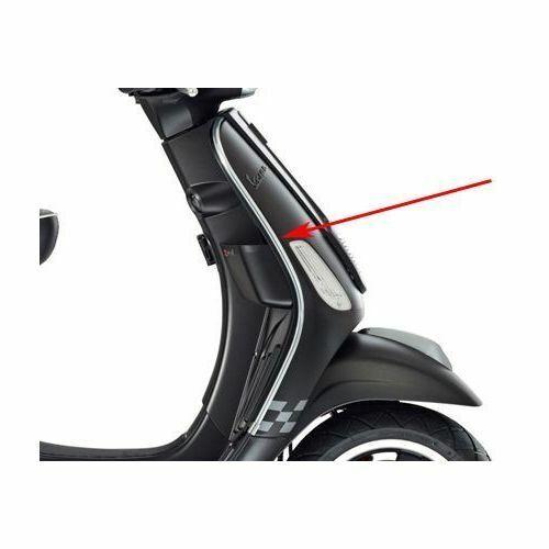 Vespa S 50 2T//4T /& S 125 /& S 150 Legshield Edge Beading Right Genuine 622188