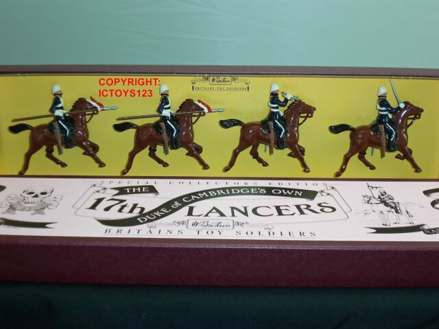 BRITAINS 8806 DUKE OF CAMBRIDGE 17TH LANCERS MOUNTED TOY SOLDIER FIGURE SET