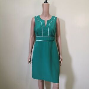 C710-Banana-Republic-Green-Dress-with-White-Trimmings
