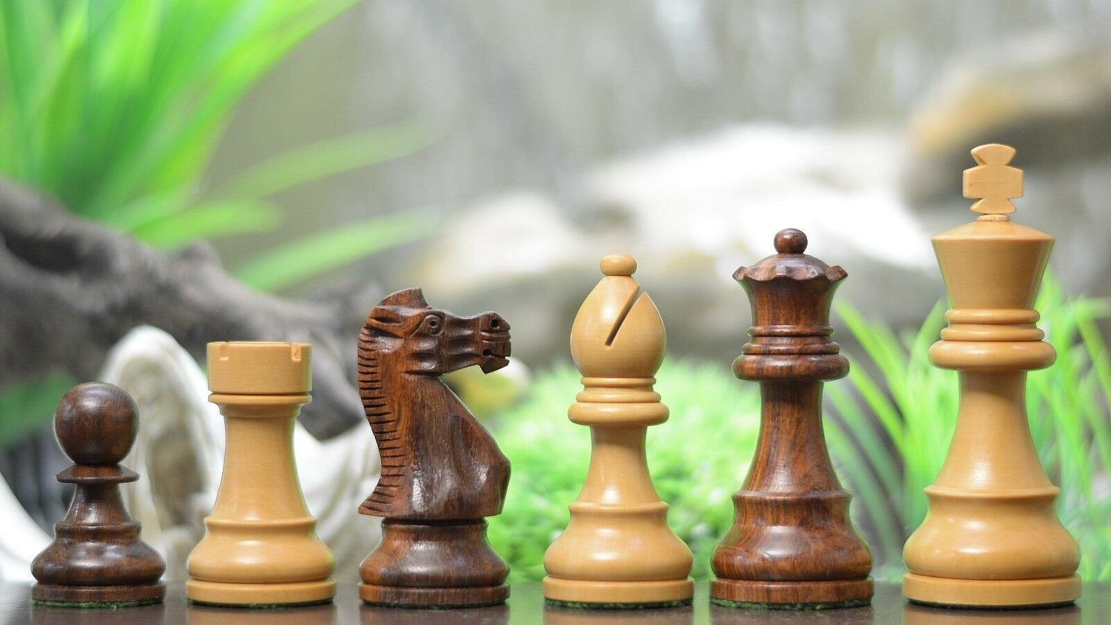 The Single Staunton Series Chess Pieces in Sheesham & Box Wood - 3.8  King