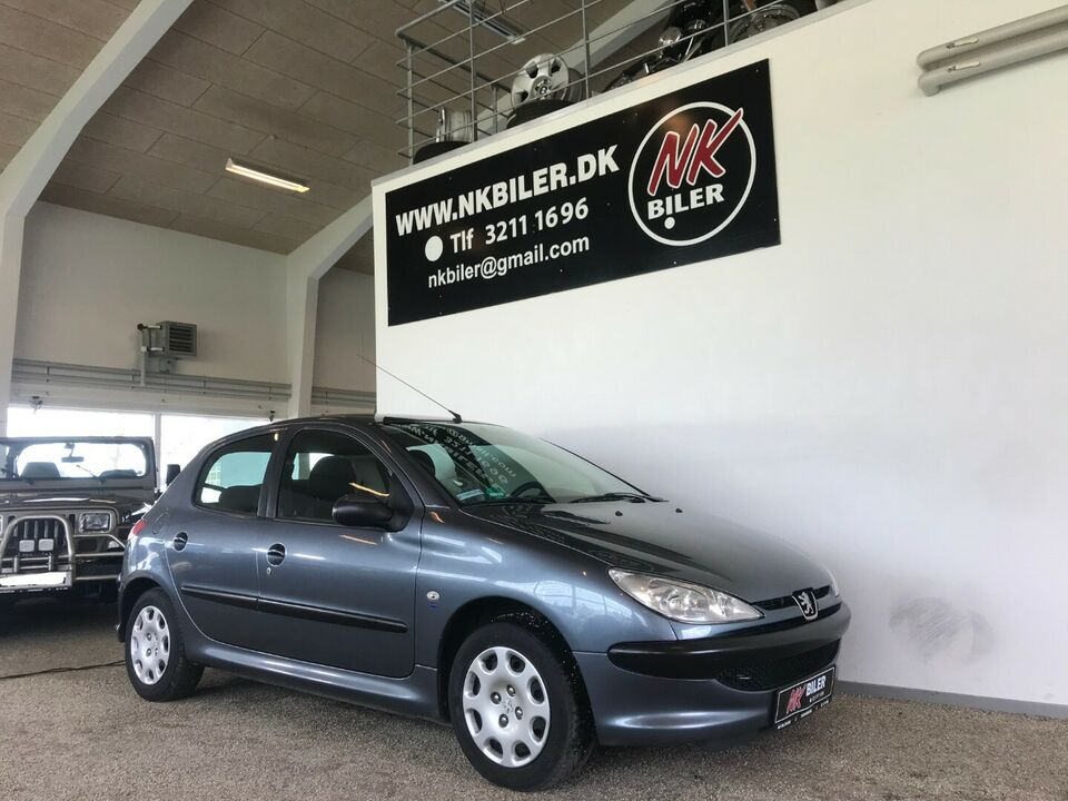 Peugeot 206 1,4 Edition Benzin modelår 2006 km 188000 ABS