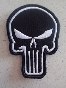 New-Punisher-White-in-Black-tactical-Morale-Hook-Loop-Patch-Aussie-Stock