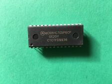 1PCS//5PCS MC68HC11A1P MC68HC11A1 68HC11A1P DIP-48 8-Bit Microcontrollers