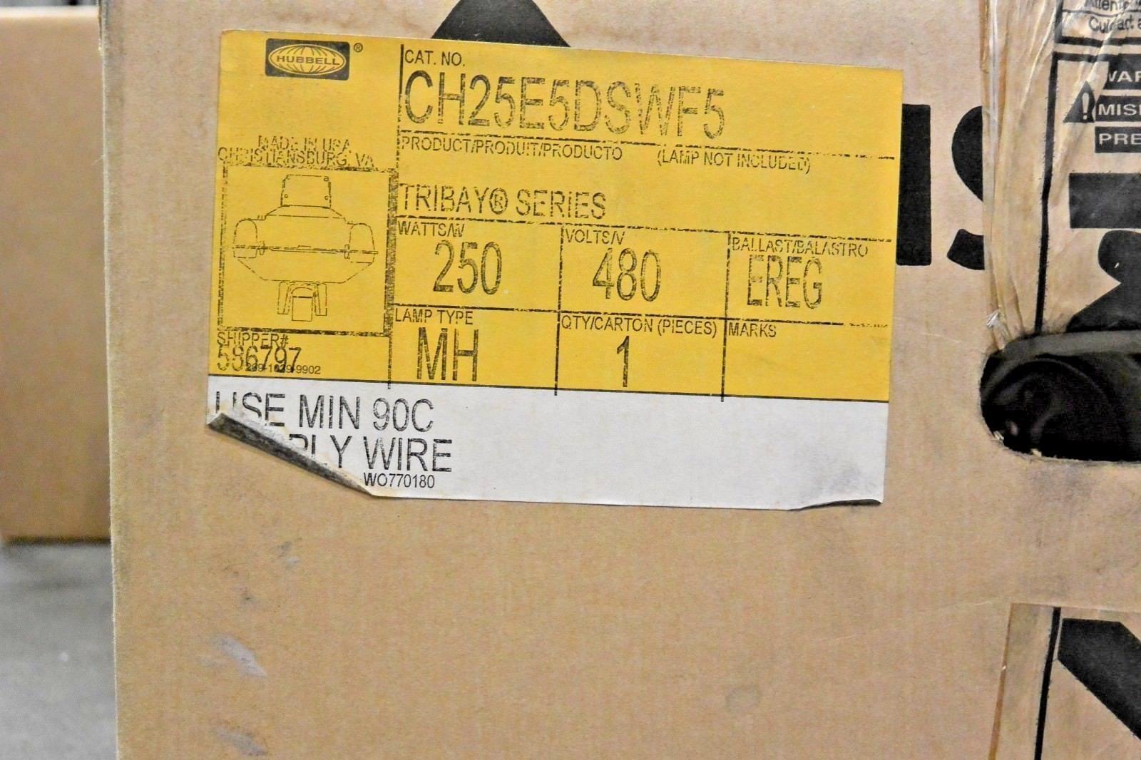 Hubbell CH25E5DSWF5 250W 480V Metal Halide Light Fixture