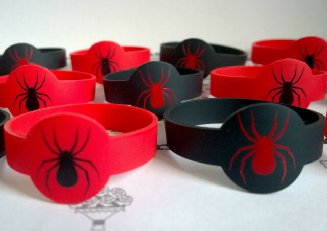 SPIDERMAN WRISTBANDS✜ 8 FOR £4.99 ✜SUPERHEROES STOCKING PARTY BAG FILLERS✜TOYS ✜