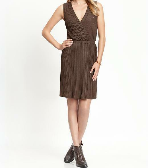 BANANA REPUBLIC Heritage Pleated Knit Dress Größe X-Large NWT Gardner braun
