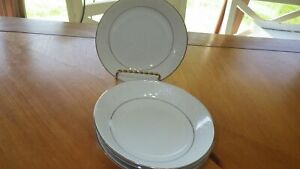 "Lovelace Bread Dessert Plates Crown Victoria 4 6.25"" plates Wedding China EC"