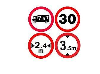 GPS POIDS LOURD CAMION ET CAMPING CAR ET BUS ECRAN 7 POUCES HD EUROPE